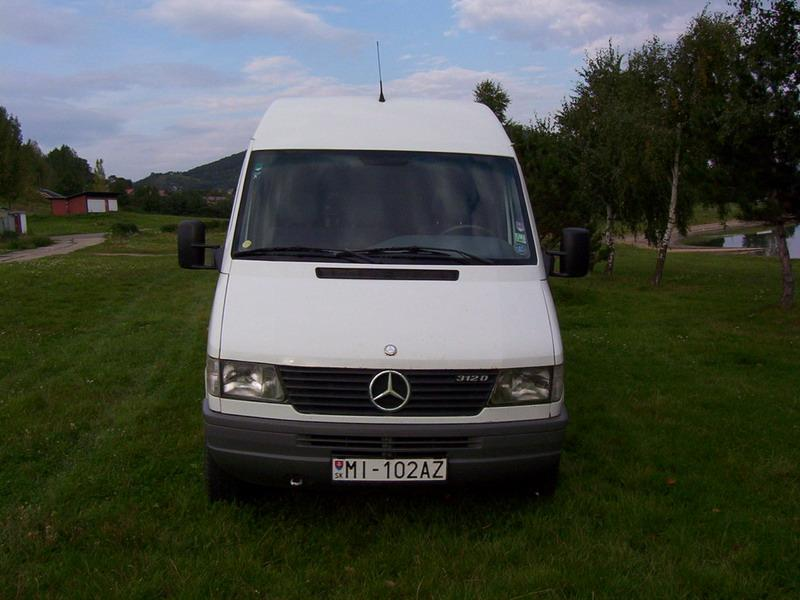 2. Mercedes Benz - Sprinter 312 D zpredu
